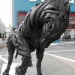 Арт творби от автомобилни гуми (12)